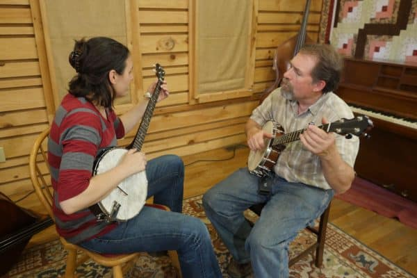 Mac Traynham and Student Clawhammer Banjo Lesson