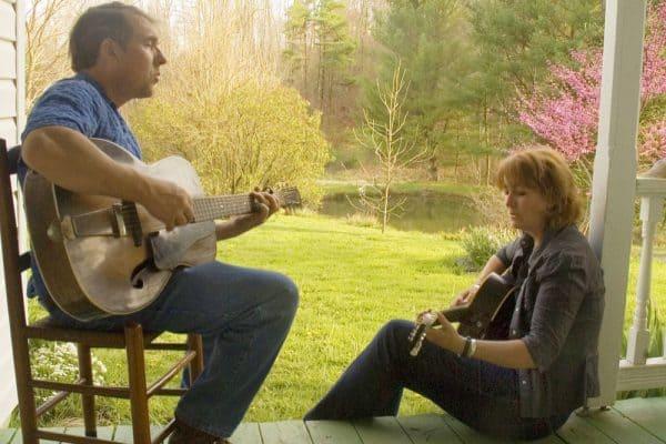 Southern Mountain Melodies Mac & Jenny
